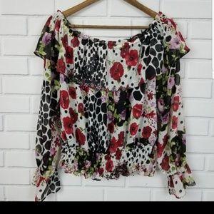 🛍️3/$25 Floral Print Long Sleeve Crop Top BOHO